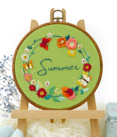 Summer Wreath - Embroidery (Zomerkrans)