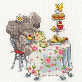 BORDUURPAKKET SIMON TAYLOR-KIELTY - ELLY ONE FOR TEA? - BOTHY THREADS