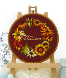 Autumn Wreath - Embroidery (Herfstkrans)