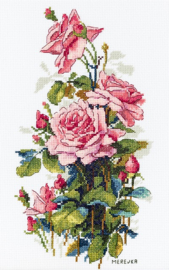 BOUQUET: PINK ROSES
