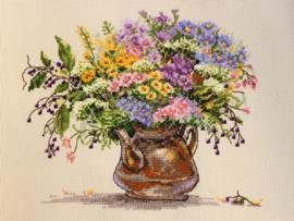BOUQUET: WILD FLOWERS