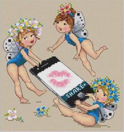 LITTLE GIRLS: SHARE
