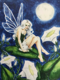 Heaven and Earth Designs - MOON FLOWER - NEDDA SHISHEGAR