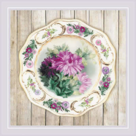 BORDUURPAKKET PLATE WITH CHRYSANTHEMUMS - SATIN STITCH - RIOLIS