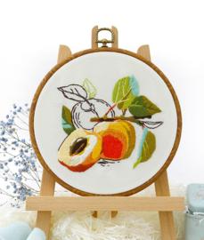 Peaches - Embroidery (Perzik)