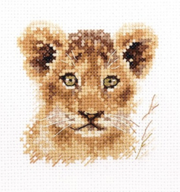 ANIMAL PORTRAITS. LION CUB S0-194 - ALISA