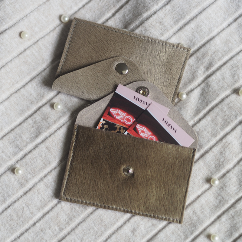 TAUPE MINI WALLET