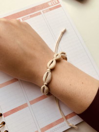 Schelpen armbandje