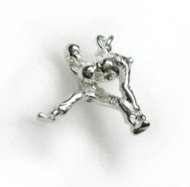 zilveren judoka hangertje