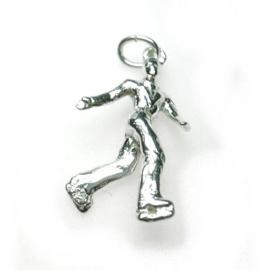 zilveren schaatser danser