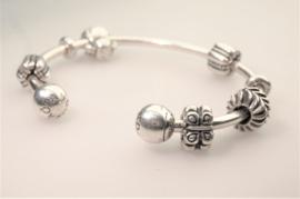 Pandora armband met bedels