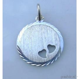 zilveren rondje met hartjes