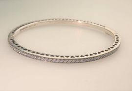 925 Sterling Silver Radiant Hearts, Pandora armband