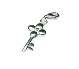 zilveren charm sleutel