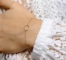Verguld zilveren armbandje met rondje