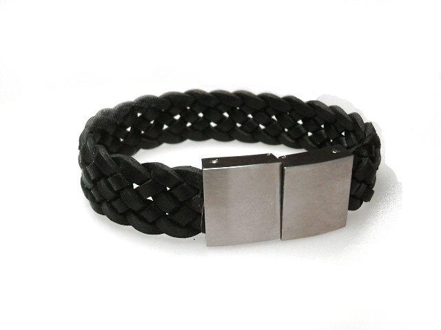 brede zwart leren armband  18 centimeter