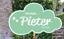 Geboortebord Pieter - wolkje met sterretjes geboortedatum - Een meisje....