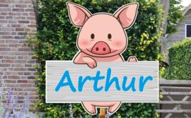 Geboortebord Arthur - varkentje houten hek
