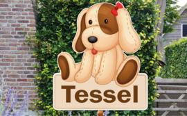 Geboortebord Tessel  -  hond knuffelbeer met strikje naambordje