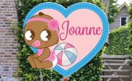 Geboortebord Joanne  -  baby met haarbandje en bal