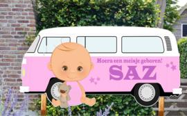 Geboortebord Saz - baby met retro volkswagenbusje t1