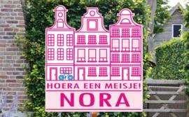Geboortebord Nora  -  herenhuisjes grachtenpand aan gracht