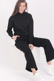 Turquoise by Daan 2021 Huispak Comfy suit zwart E10471/81