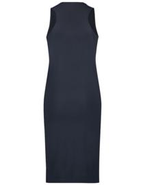 Jane Lushka 2021 Chris blauwe mouwloze travelstof jurk U621215