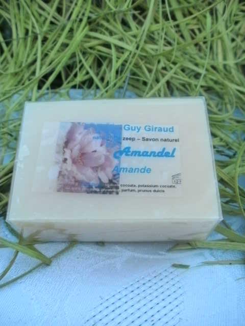 Soap almond - 100 g