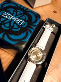 Nu meebestellen voor 30 euro Esprit ES104052003
