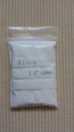 a Vloeimiddel voor Zilver 25 gram in zakje.