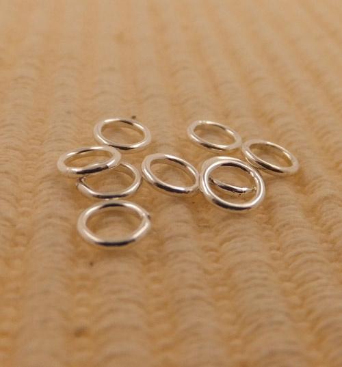 Verbindingsogen  buitenmaat doorsnede 5mm en dikte 0,9mm, zilver, dicht gesoldeerd