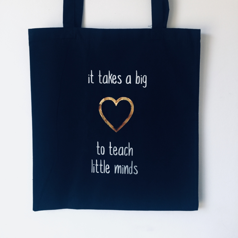 "Tote Bag ""it takes a big heart"""