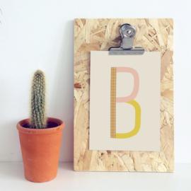 Postkaart letter B - Leonie van der Laan