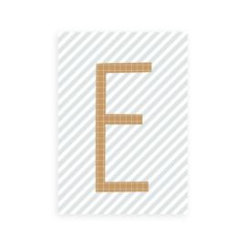 Postkaart letter E - Leonie van der Laan