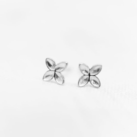 Floret Stud earrings silver - Julia Otilia