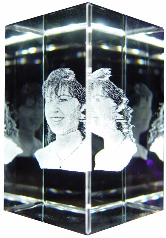 Kristal 50 x 50 x 80mm 3D