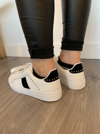 Witte sneaker met zwart