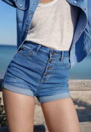 Denim button short jeans