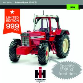 International Harvester 1255 XL UH6334 999 pcs. 1:16.