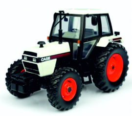 Case 1494 4WD in White-Black UH6208