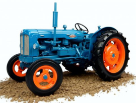 Fordson Power Major.  Universal Hobbies  UH2640  Schaal 1:16