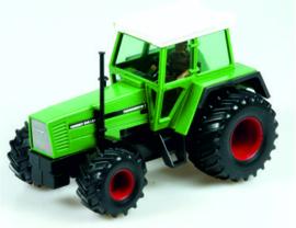 Tractoren, werktuigen en toebehoren Schaal 1:32