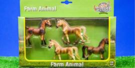 4 horses in set of Kids Globe KG570013 Scale 1:32