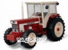 IH 1046 tractor. REPO79.  Replicagri Schaal 1:32