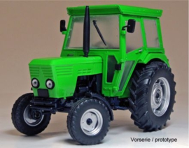 Deutz D5206 tractor 2 WD Weise-Toys W1041 Scale 1:32