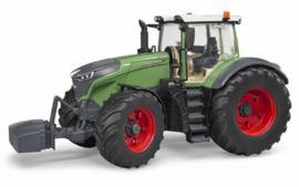 Fendt 1050 Vario. With detachable wheels Bruder BRU04040 Scale 1:16