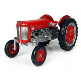 Massey Ferguson  50 High Arch tractor UH4200 schaal 1:16