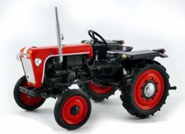 Kubota T15 tractor UH4898 Universal Hobbies Schaal 1:32