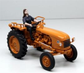 Renault D30 tractor. REP 143. Replicagri  (2017). Schaal 1:32